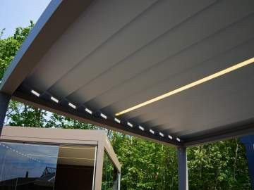Profitez d'une terrasse toute l'année grâce à une pergola bioclimatique à Podensac